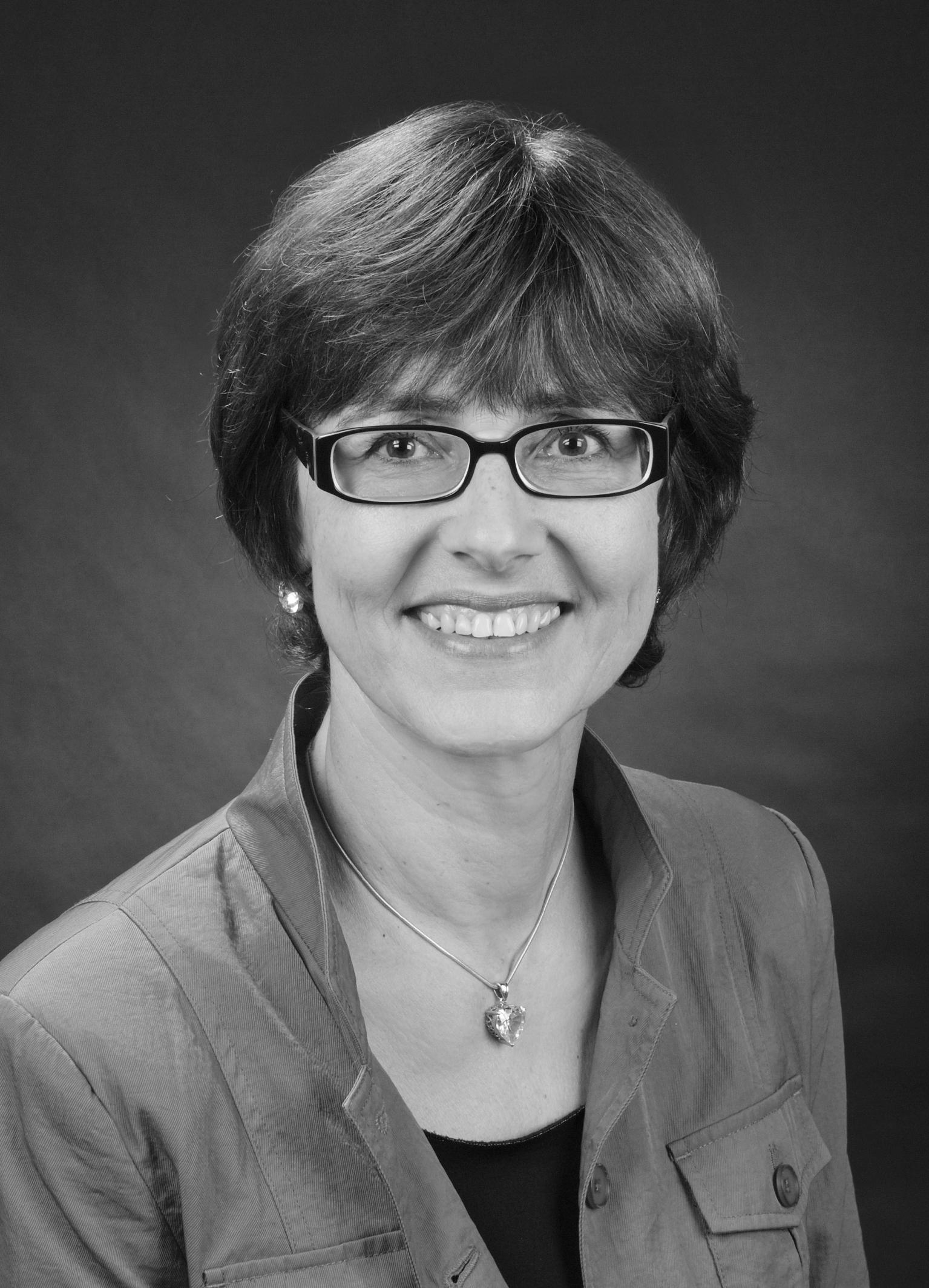 Angelika Hall, Psychotherapeutin in München